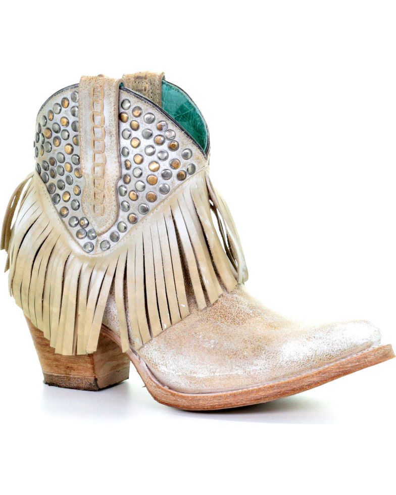 Ladies-Corral-White-Studs-And-Fringe-221709