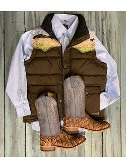 Retro Vest and Cigar Matte Big Bass Boots